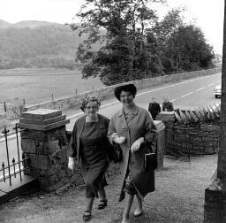 Wedding Marian Jones and John, Bowydd Street thumbnail