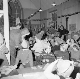 Bowydd Chapel - Maenofferen School Party thumbnail
