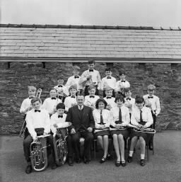 Y. F. S. Choir/Band -Traws/Cymanfa/ Martin thumbnail