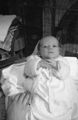 Bala wedding/March 1965/Davina/in part Anwen ysgol sir/car David Ellis - Mar-65 thumbnail