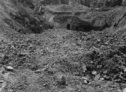 Martin Wright (Lead Mines), Llewelyn N. P. Bank. Copy for Dustman.... Part Cor Gyfynys. - May-97 thumbnail