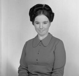 Enid Hughes, 5 Blaenafon; WEDDING Llan Sherlei Orr. Gail Williams Blue Star - Dec-69 thumbnail