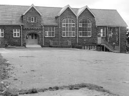 Longton Transport at Portmerion. Girls at Portmerion Tabernacle Chapel. Community Centre. Walker M.P. Owen Edwards Menofferen. Queens Garage Damage thumbnail